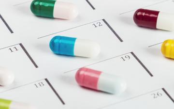 Detec't : un algorithme pour surveiller les médicaments en ligne